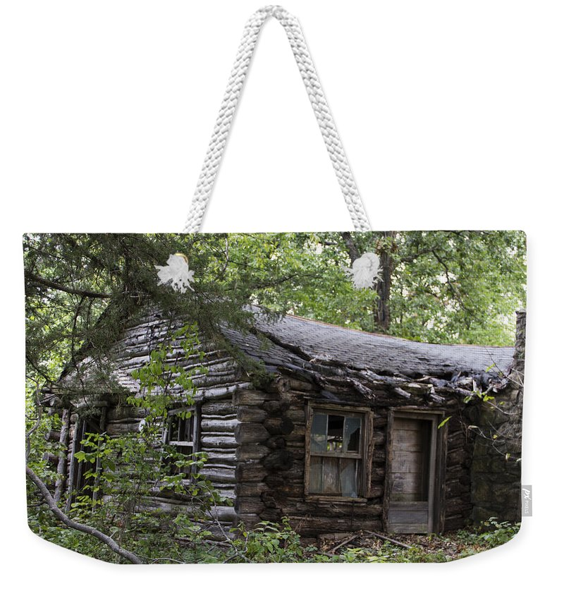 Card Weekender Tote Bag featuring the photograph Oak Lodge by Guy Shultz