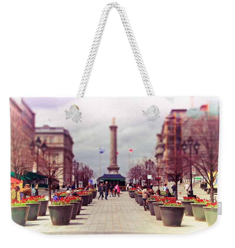 Montreal Weekender Tote Bag featuring the photograph Old Montreal. by Les Lorek