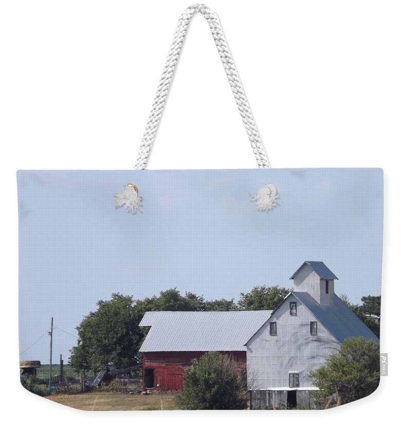 Barns Weekender Tote Bag featuring the photograph Old Nebraska Farm by Caryl J Bohn