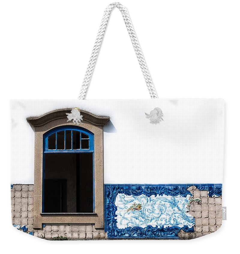 Old Weekender Tote Bag featuring the photograph Old Railway Station by Edgar Laureano