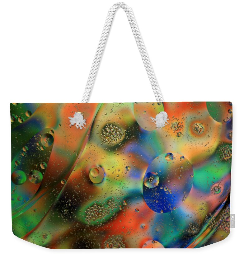 Oil Weekender Tote Bag featuring the photograph Olej I Woda 1 by Joe Kozlowski