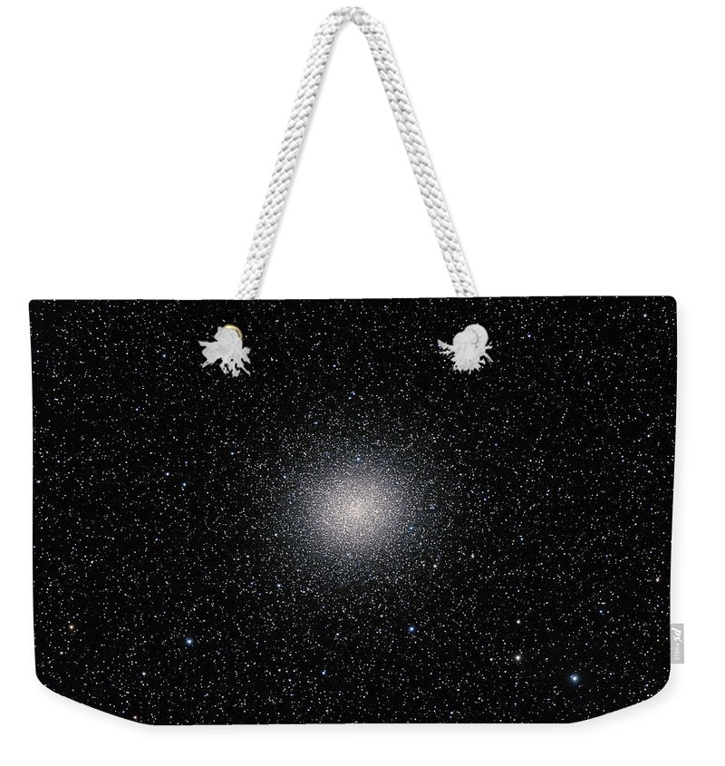 Alan Dyer Weekender Tote Bag featuring the photograph Omega Centauri Ngc 5139 by Alan Dyer