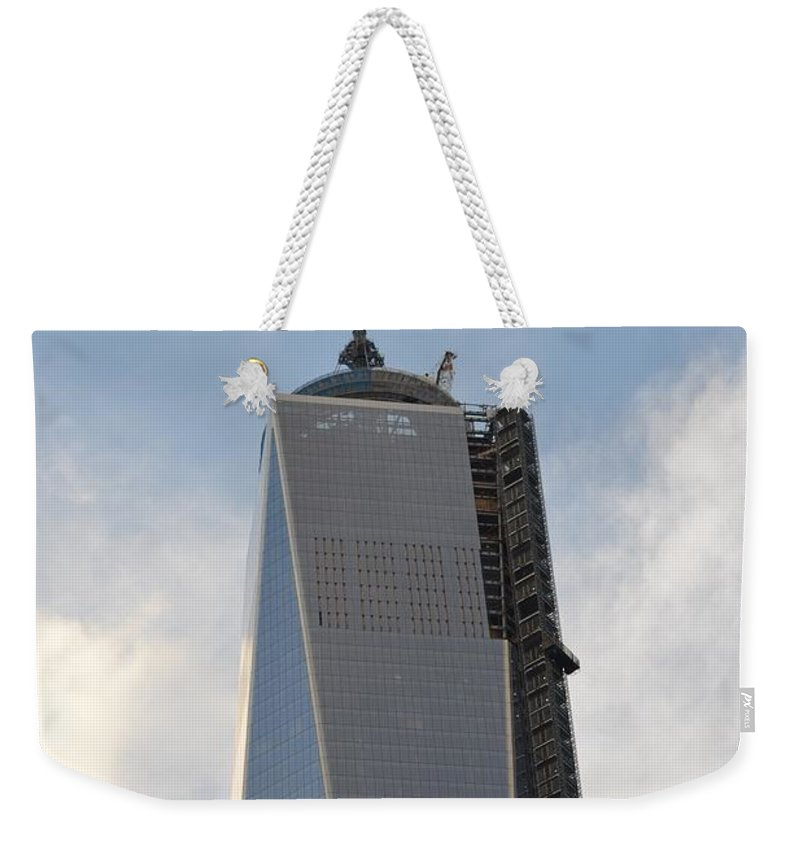 1 World Trade Center Weekender Tote Bag featuring the photograph One World Trade Center by Sonali Gangane