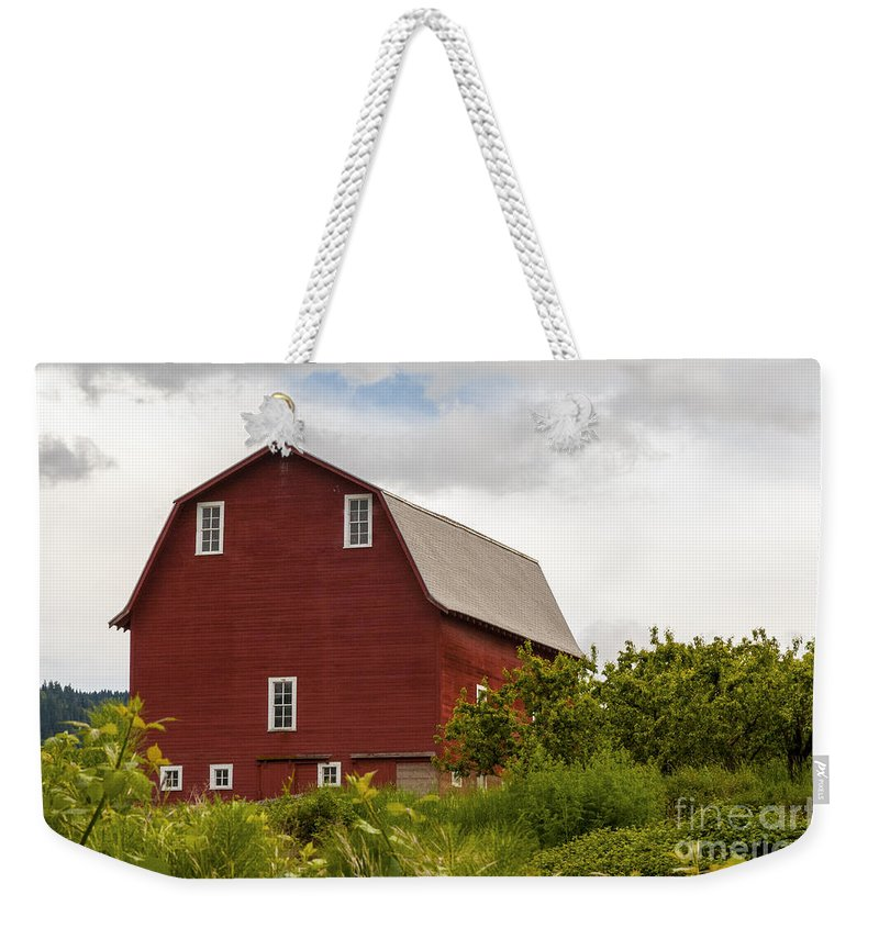 Oregon Barn Barns Building Buildings Structure Structures Architecture Tree Trees Farm Farms Farmland Farmlands Plant Plants Landscape Landscapes Weekender Tote Bag featuring the photograph Oregon Barn by Bob Phillips