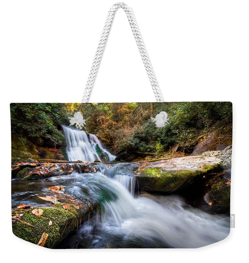 Appalachia Weekender Tote Bag featuring the photograph Parachuting by Debra and Dave Vanderlaan