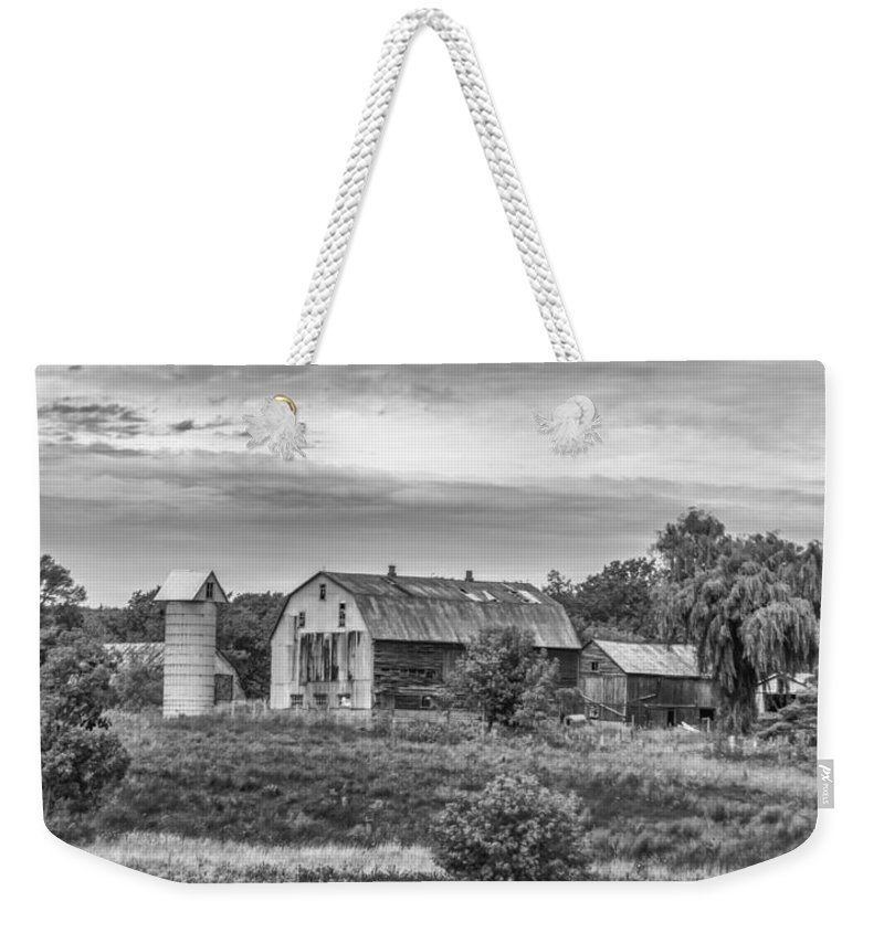 Barn Weekender Tote Bag featuring the photograph Pointy Top Silo  3d21759 by Guy Whiteley