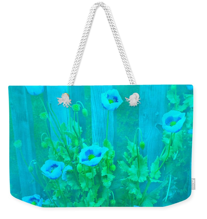 Poppy Weekender Tote Bag featuring the photograph Papaver Orientale 4 by Linsey Williams