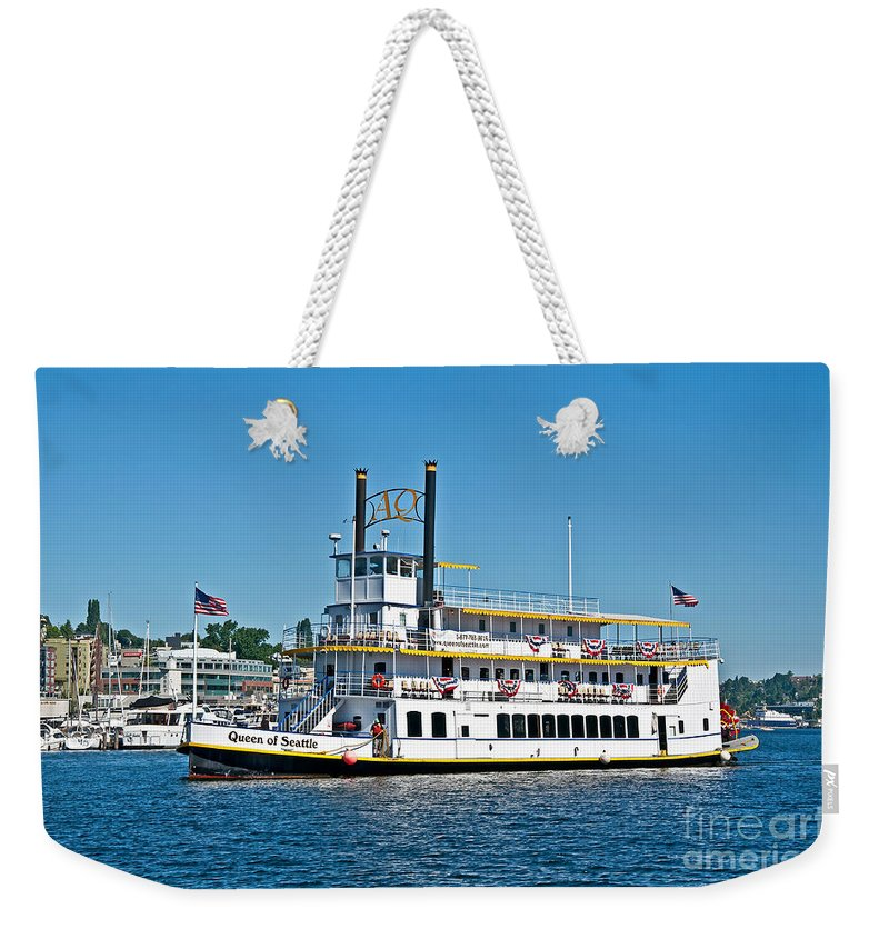 Queen Of Seattle Weekender Tote Bag featuring the photograph Queen Of Seattle Vintage Paddle Boat Art Prints by Valerie Garner