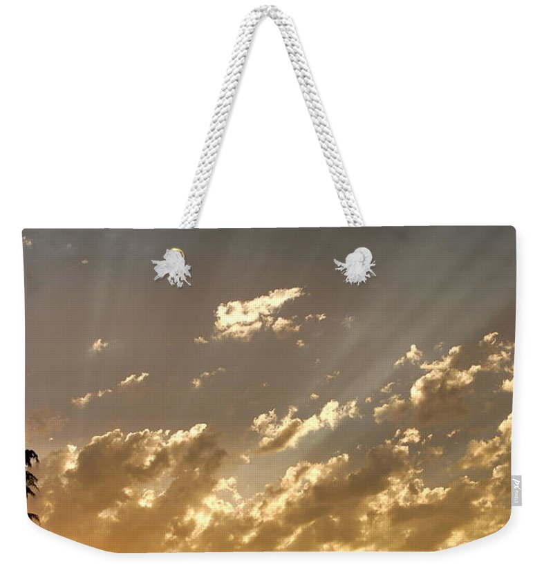 Sunset Weekender Tote Bag featuring the photograph Rays Of Hope by Kathy Sampson