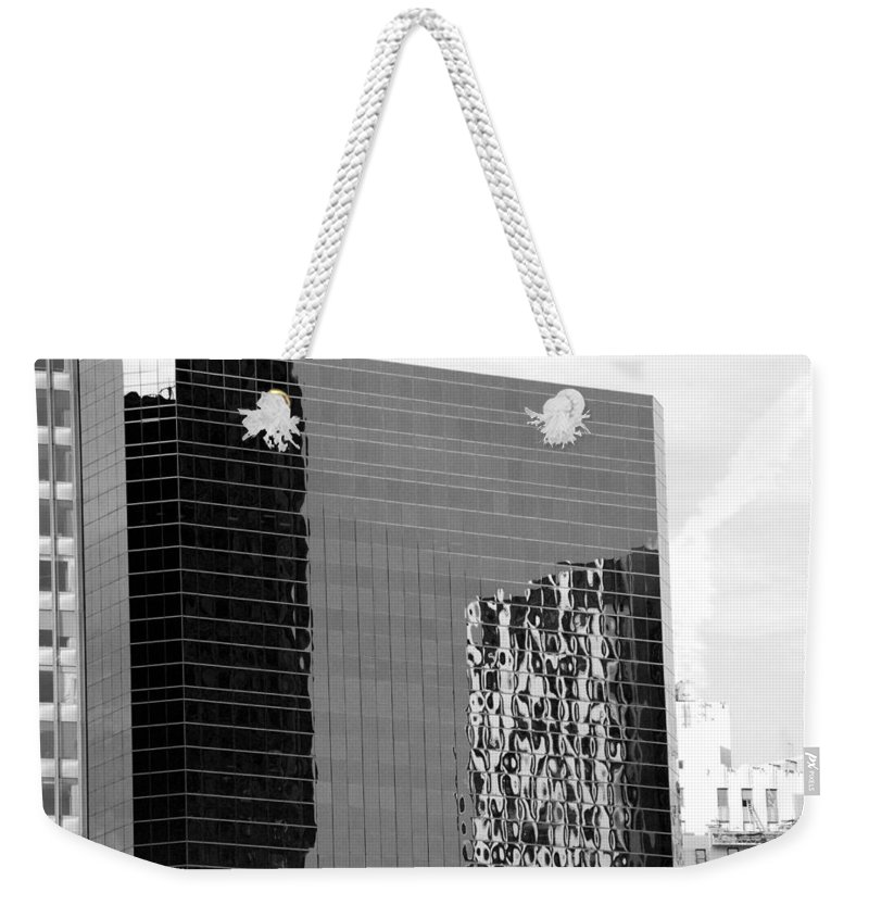 Scenic Weekender Tote Bag featuring the photograph Reflections Of Architecture In Black And White by Rob Hans