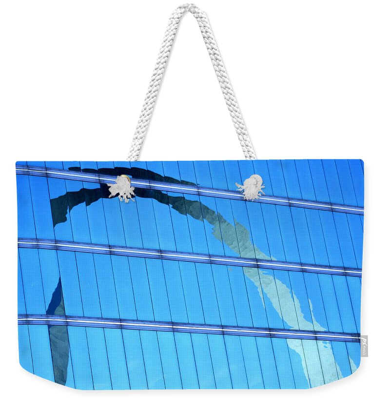 St Louis Arch Weekender Tote Bag featuring the photograph Reflections Of The St Louis Arch by Garry McMichael