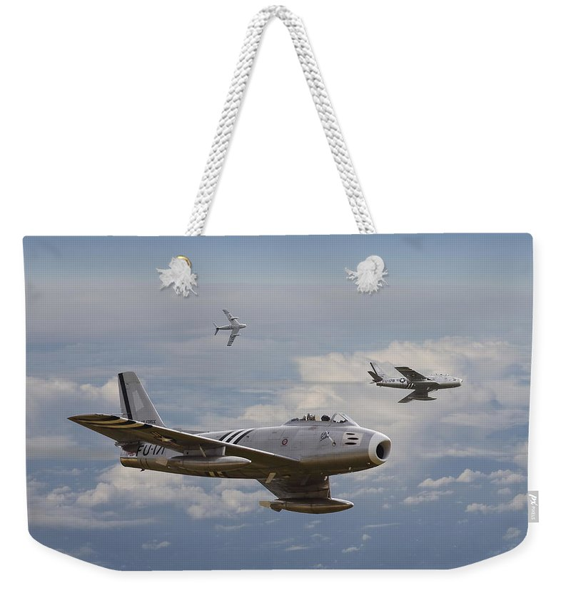 Aircraft Weekender Tote Bag featuring the photograph 'rolling Home' by Pat Speirs