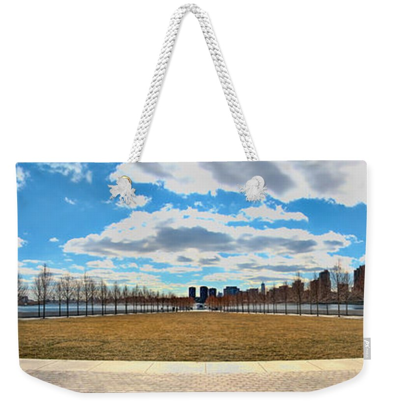 Roosevelt Island Weekender Tote Bag featuring the photograph Roosevelt Island Memorial by S Paul Sahm