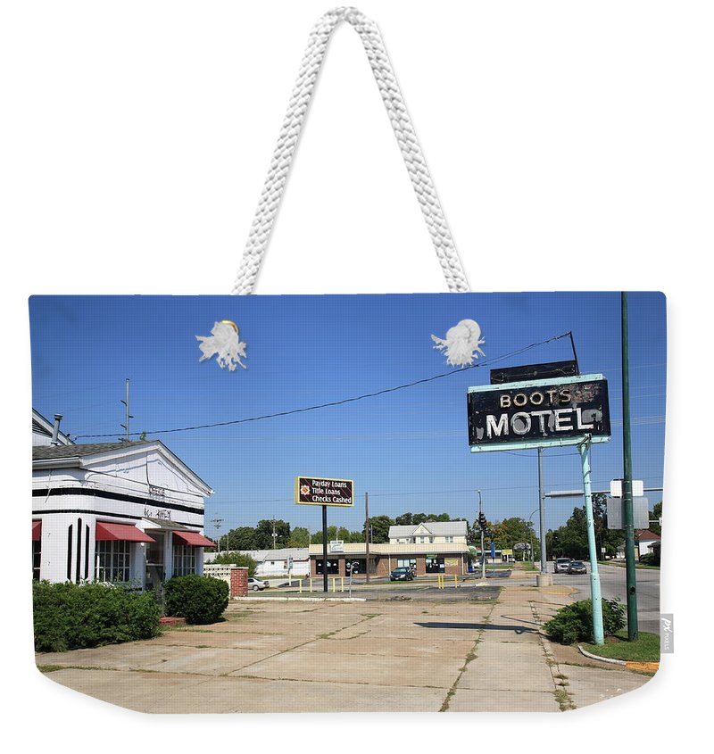 66 Weekender Tote Bag featuring the photograph Route 66 - Boots Motel by Frank Romeo