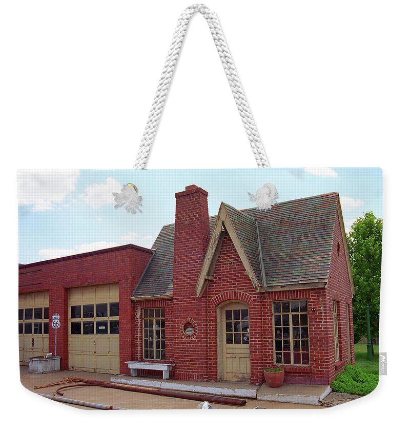66 Weekender Tote Bag featuring the photograph Route 66 - Cottage Style Gas Station by Frank Romeo