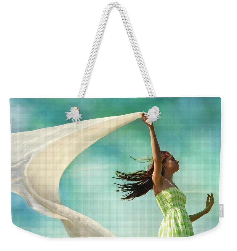 Laura Fasulo Weekender Tote Bag featuring the photograph Sailing A Favorable Wind by Laura Fasulo