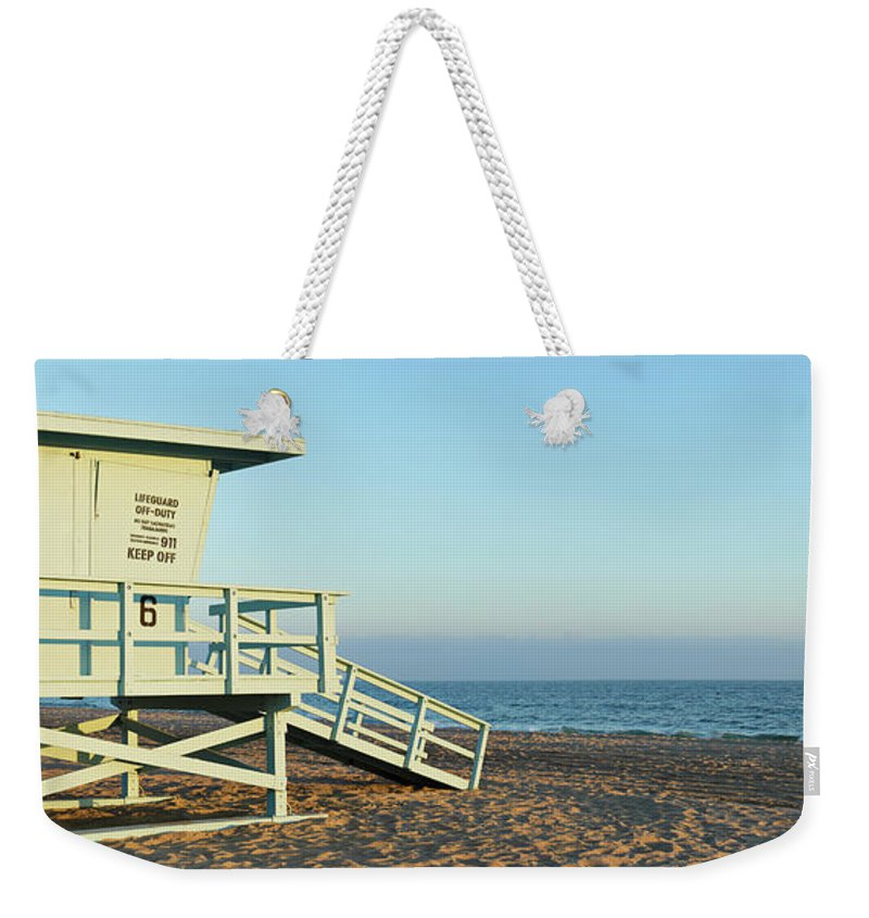 Water's Edge Weekender Tote Bag featuring the photograph Santa Monica Lifeguard Station by S. Greg Panosian