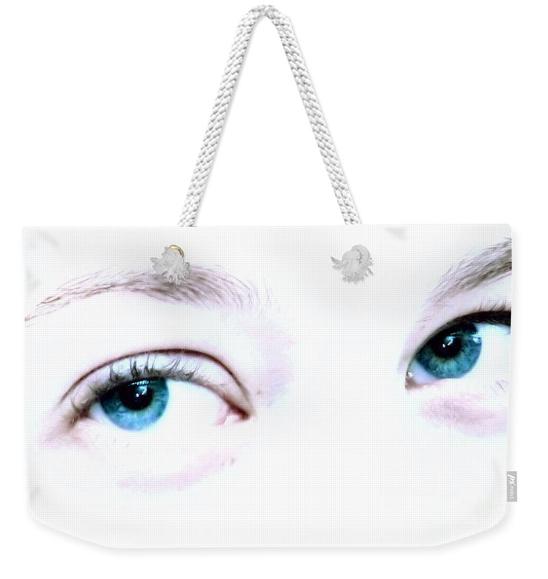 Eye Weekender Tote Bag featuring the photograph She Knows by Rory Sagner
