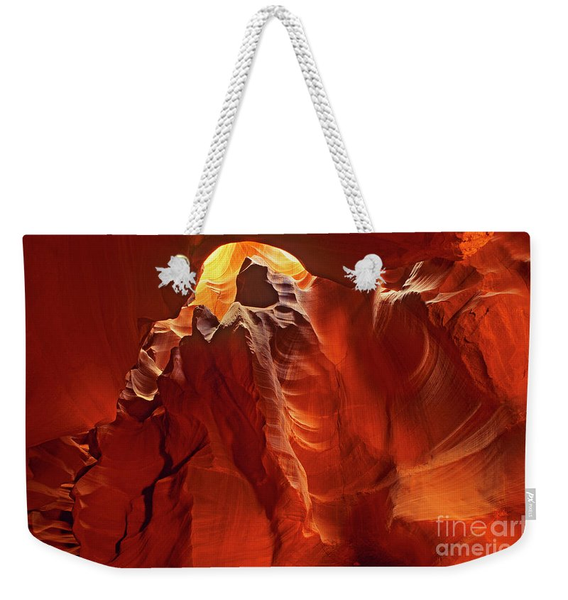 North America Weekender Tote Bag featuring the photograph Slot Canyon Formations In Upper Antelope Canyon Arizona by Dave Welling