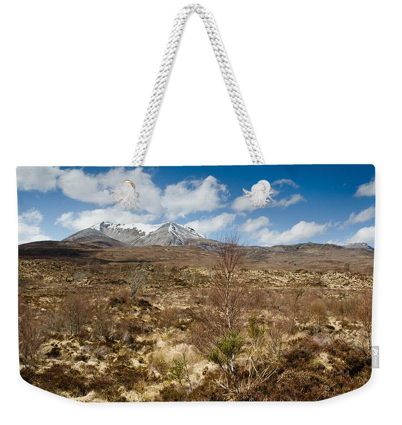 Beinn Eighe Weekender Tote Bag featuring the photograph Snow Capped Sgurr Nan Fhir Duibhe by David Head