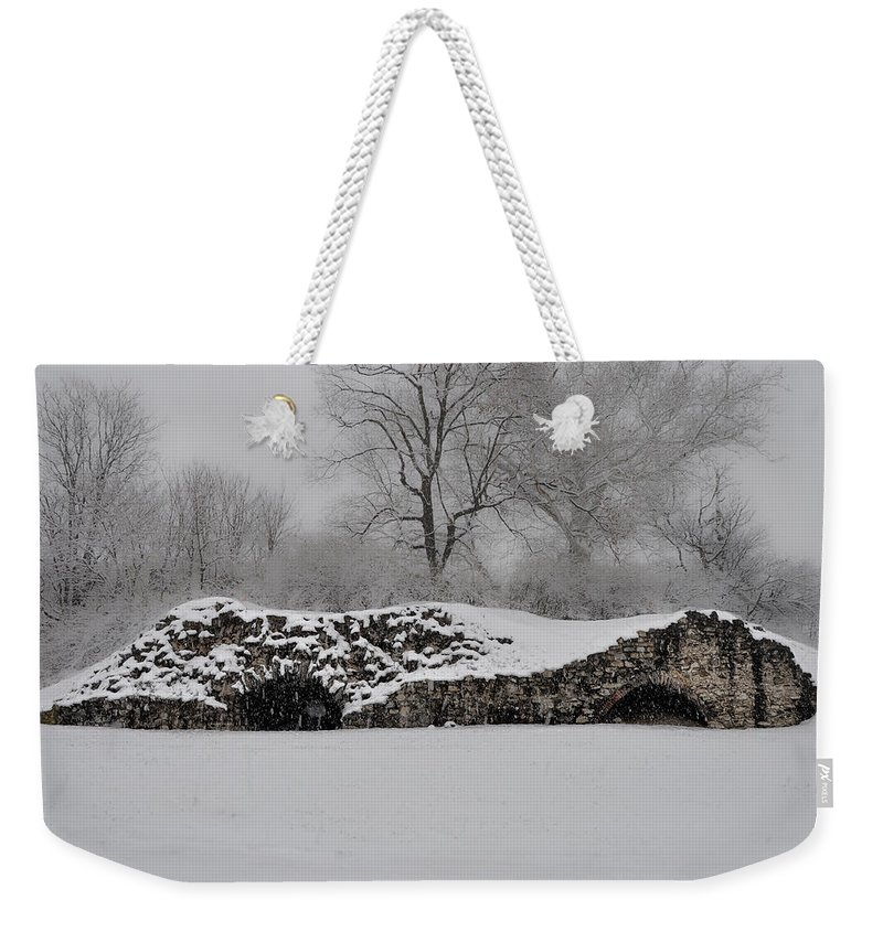 Snow Weekender Tote Bag featuring the photograph Snow In Plymouth Meeting Pa by Bill Cannon