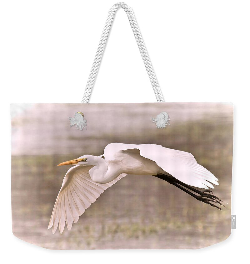Egret Weekender Tote Bag featuring the photograph Soft White Egret by Athena Mckinzie