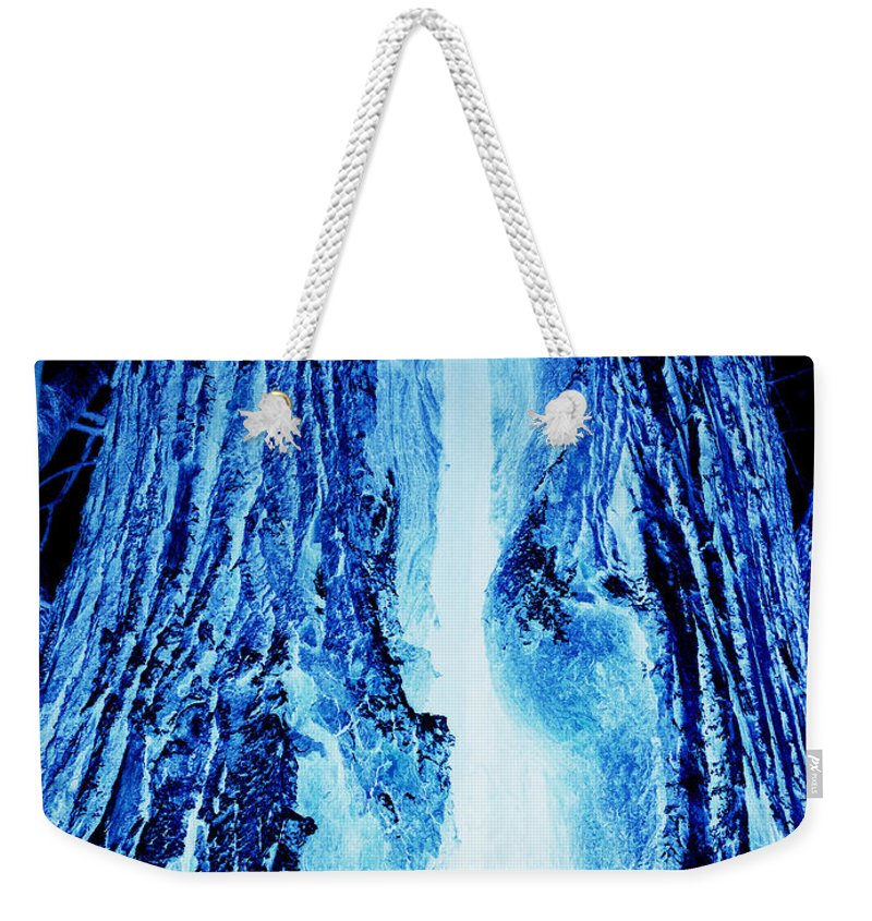 Jamie Lynn Gabrich Weekender Tote Bag featuring the photograph Solo Blue by Jamie Lynn