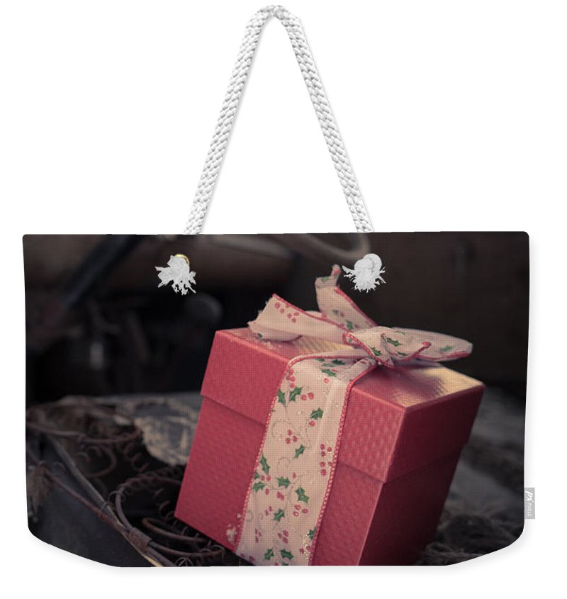 Woodstock Weekender Tote Bag featuring the photograph Someone Remembered by Edward Fielding