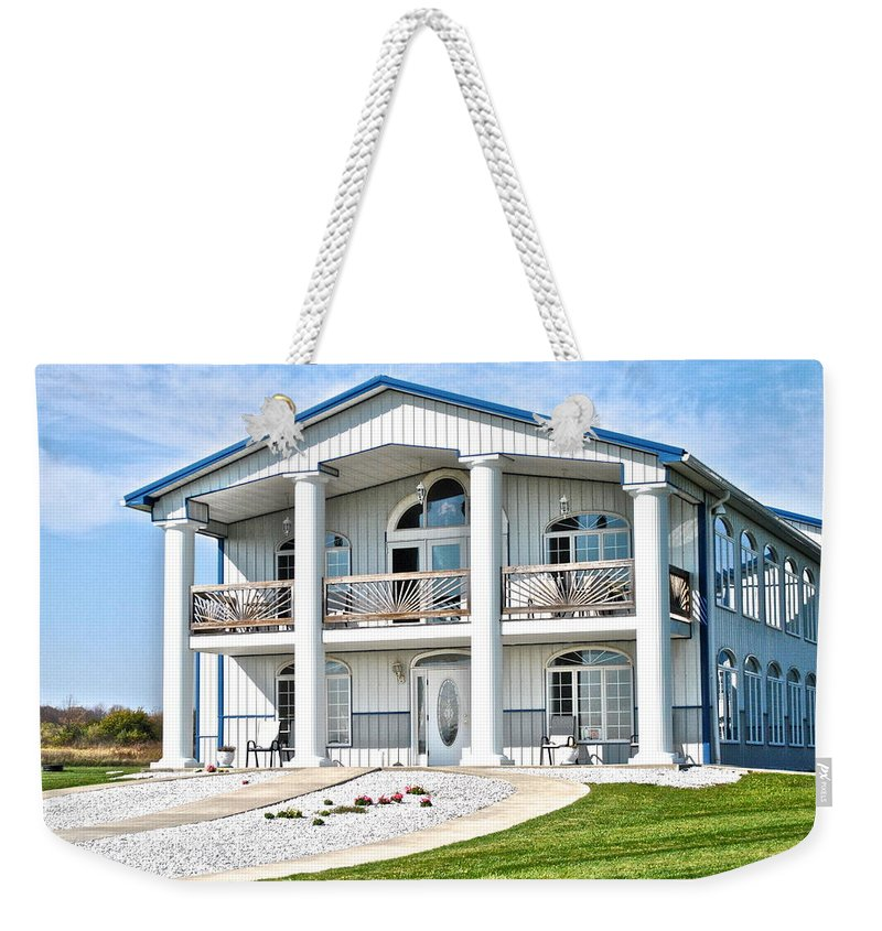 Finger Weekender Tote Bag featuring the photograph South Carolina Feel In New York by Frozen in Time Fine Art Photography