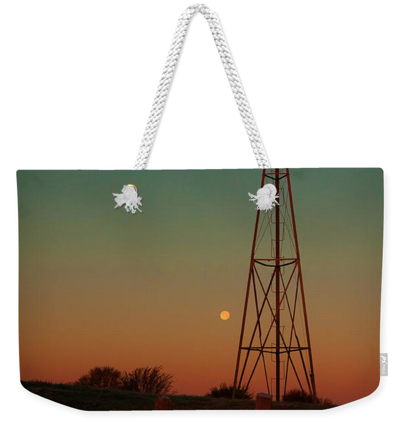 Southwest Weekender Tote Bag featuring the photograph Southwest Morning by Robert Frederick