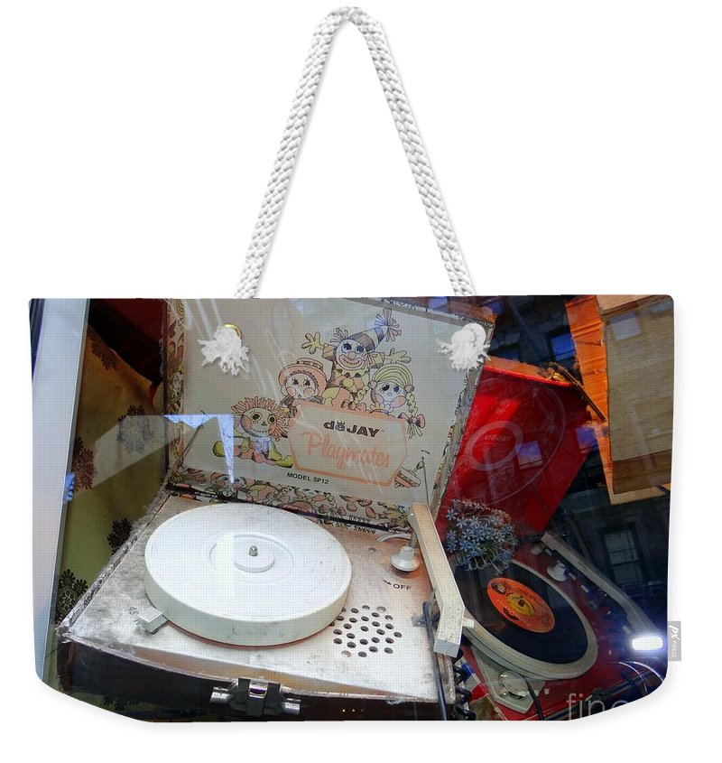 Retro Weekender Tote Bag featuring the photograph Spinnin The 45s by Ed Weidman