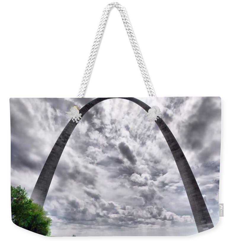Arch Weekender Tote Bag featuring the photograph St Louis Arch by Larry Jost