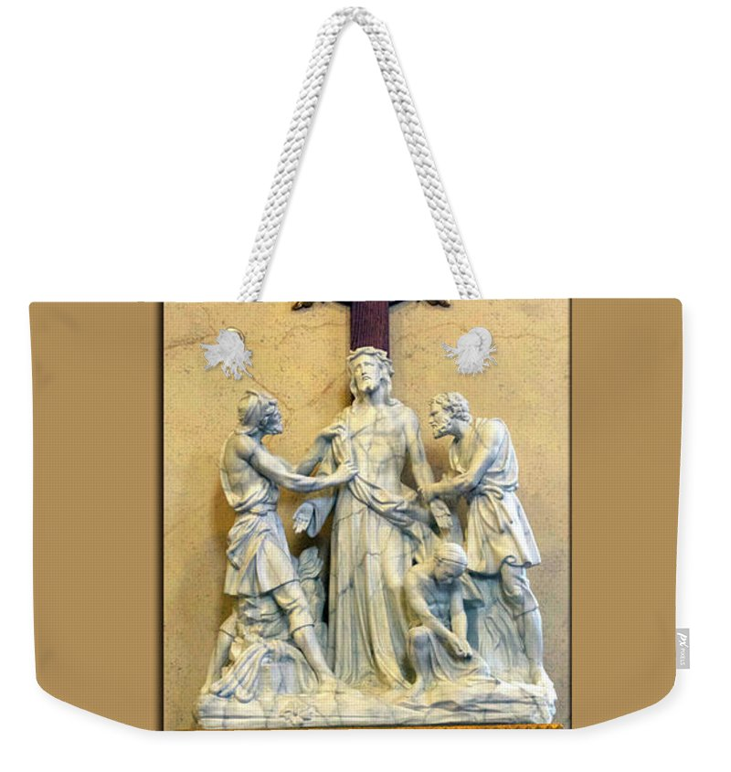 Statue Weekender Tote Bag featuring the photograph Station Of The Cross 10 by Thomas Woolworth