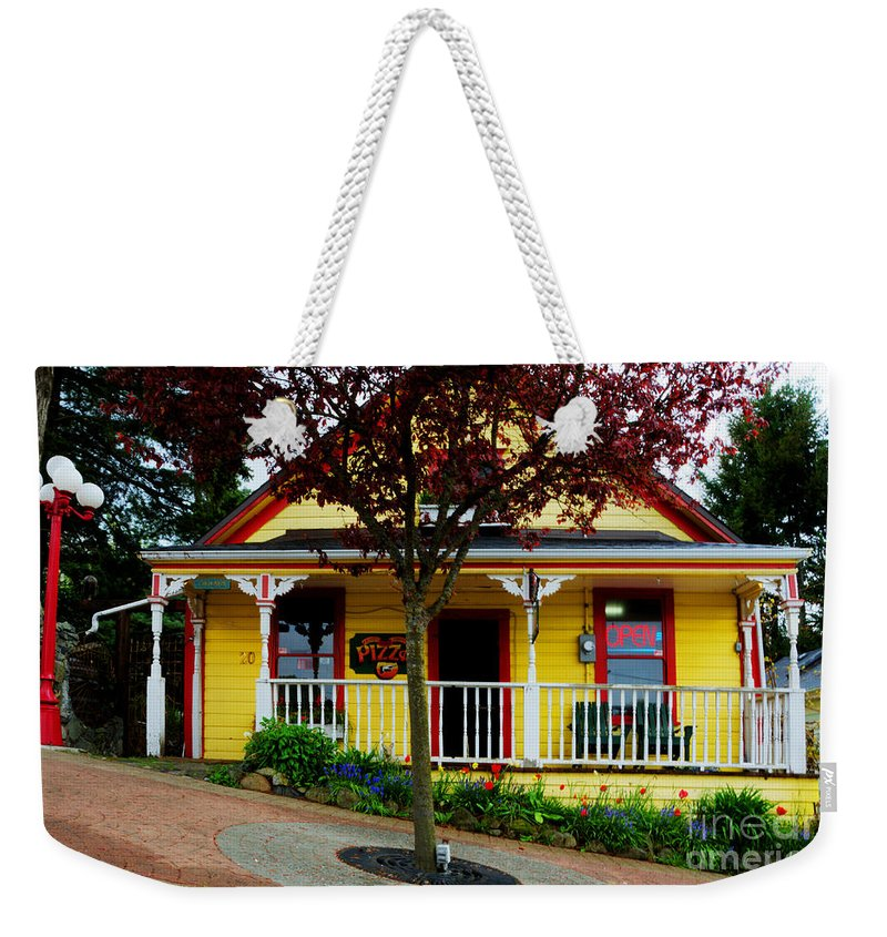 Ladysmith Weekender Tote Bag featuring the photograph Steep Street Roberts Street Pizza by Bob Christopher