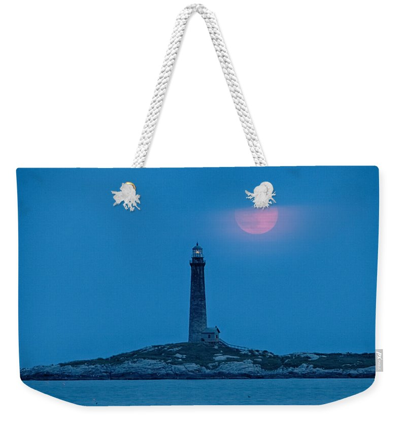 Lighthouses Of New England Weekender Tote Bag featuring the photograph Super Moon Over Thacher Twin Lights by Jeff Folger