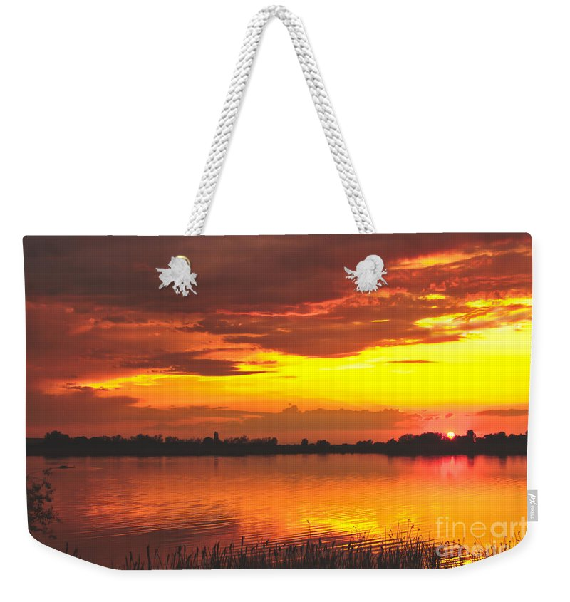 Valley Weekender Tote Bag featuring the photograph Surreal Sunset by Robert Bales