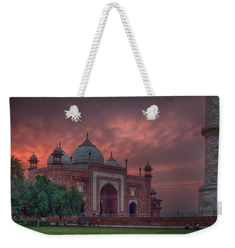 India Prints Weekender Tote Bag featuring the photograph Taj Mahal Mosque At Sunset by Martin Belan
