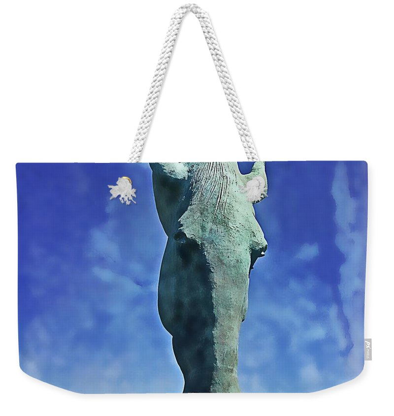 Horse Weekender Tote Bag featuring the photograph That Head by Alice Gipson