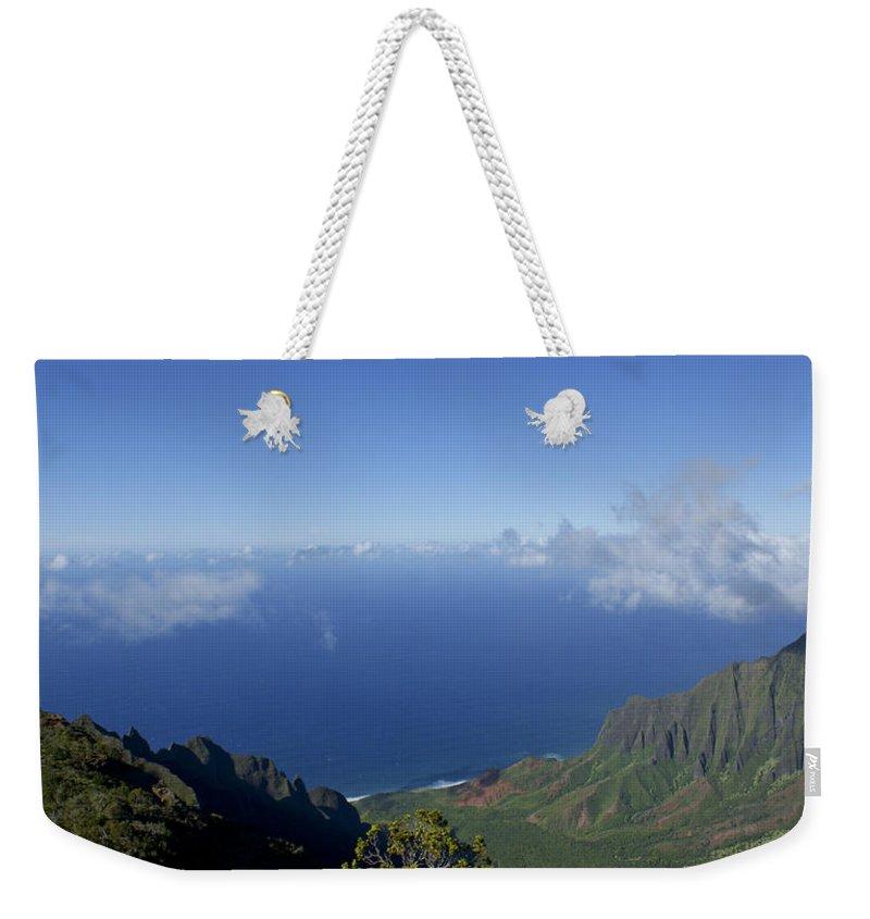 Kauai Weekender Tote Bag featuring the photograph The Beautiful Na Pali Coast by Brian Kamprath
