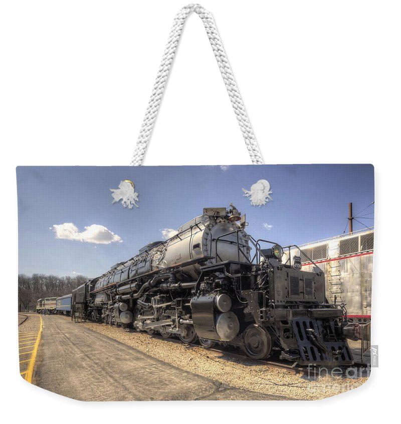 Union Weekender Tote Bag featuring the photograph The Big Boy by Rob Hawkins