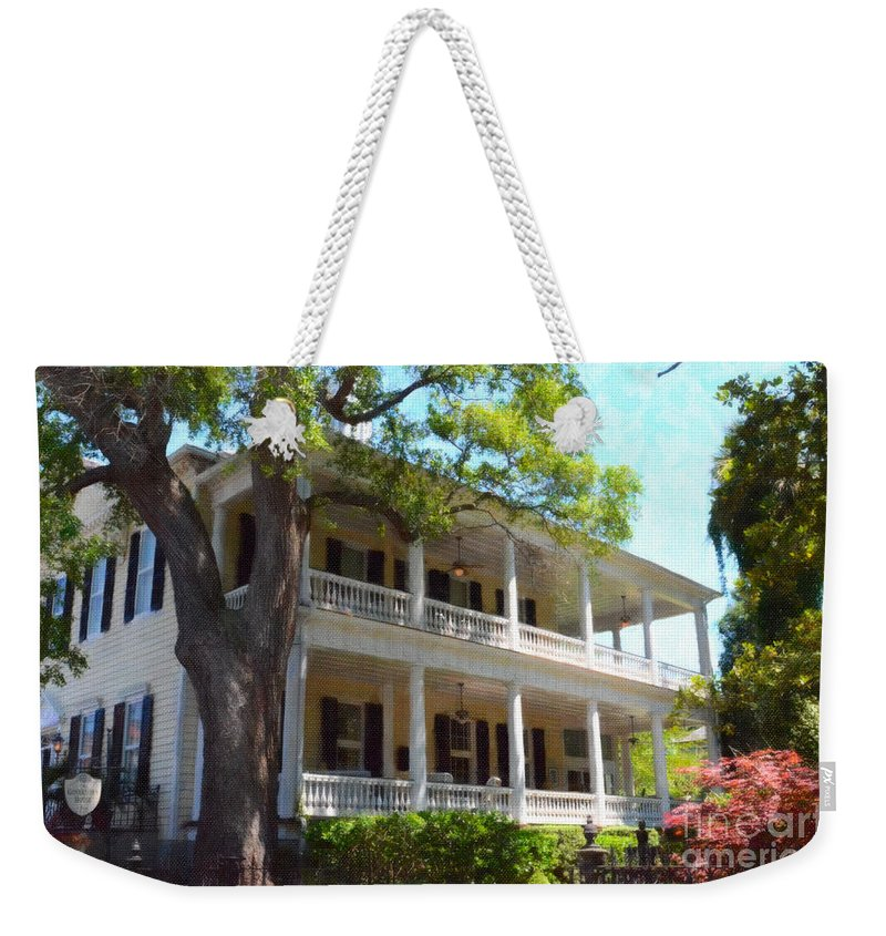 The Governors House Inn Weekender Tote Bag featuring the photograph The Governors House Inn by Dale Powell