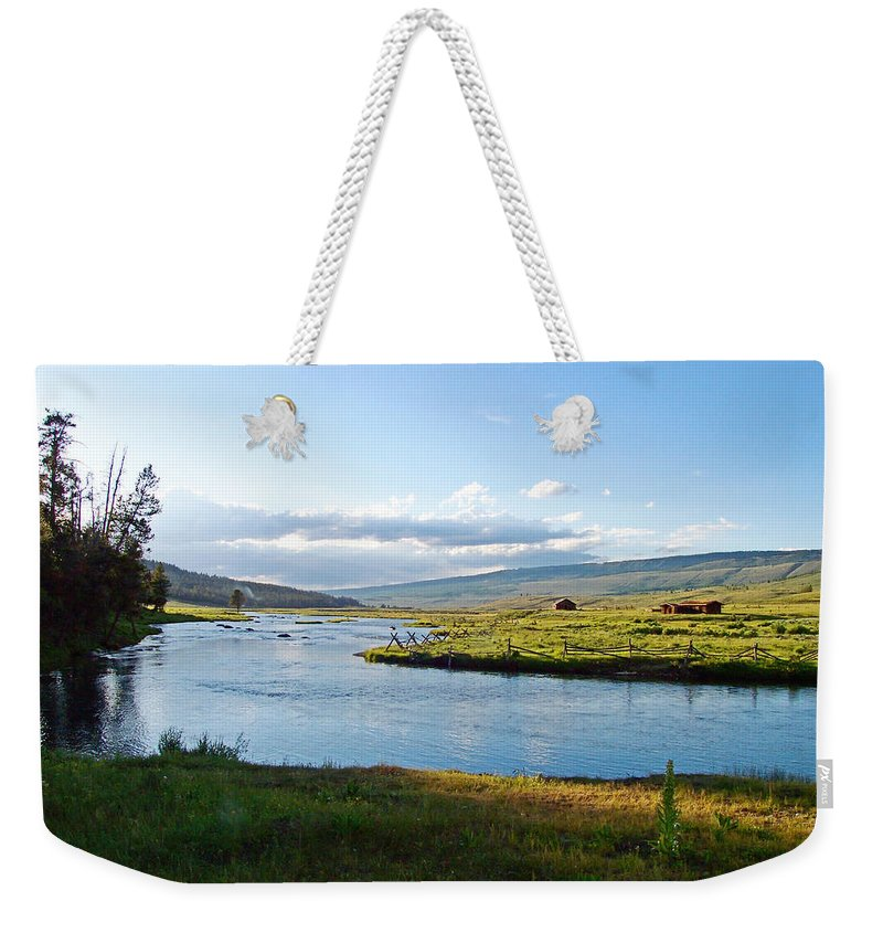 Wind River Range Weekender Tote Bag featuring the photograph The Green River by Gary Benson