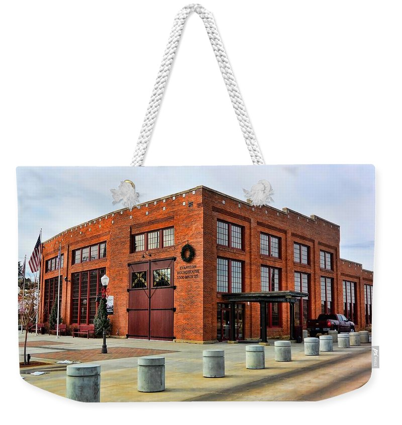 Evanston Weekender Tote Bag featuring the photograph The Roundhouse Evanston Wyoming - 1 by Ely Arsha