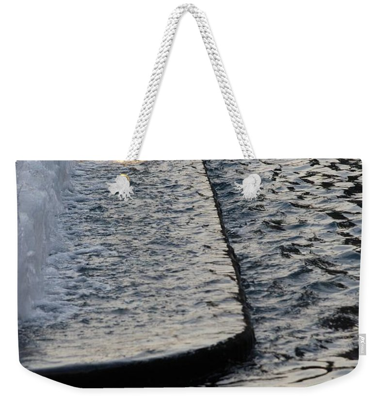 Scenic Weekender Tote Bag featuring the photograph The Water Fountain by Rob Hans