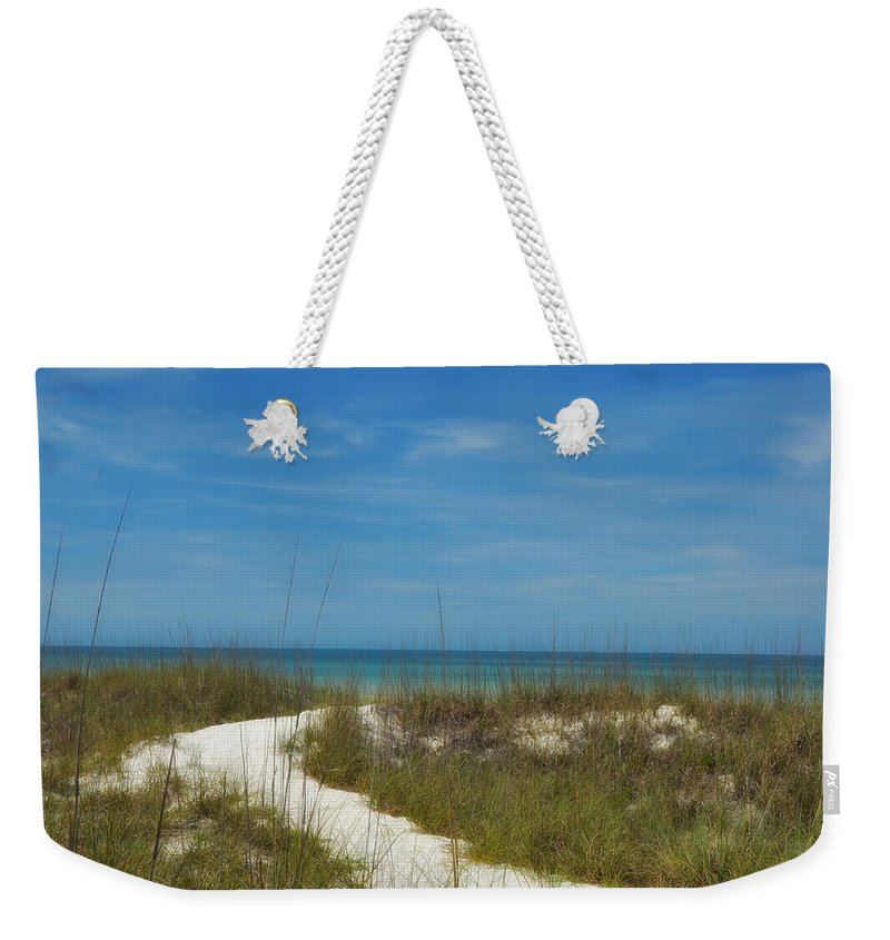 To Weekender Tote Bag featuring the photograph To The Beach by Bill Cannon