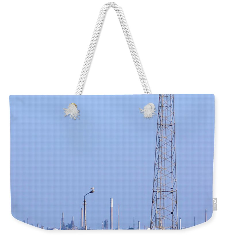 Southampton Weekender Tote Bag featuring the photograph Town Quay Navigation Marker And Fawley by Terri Waters