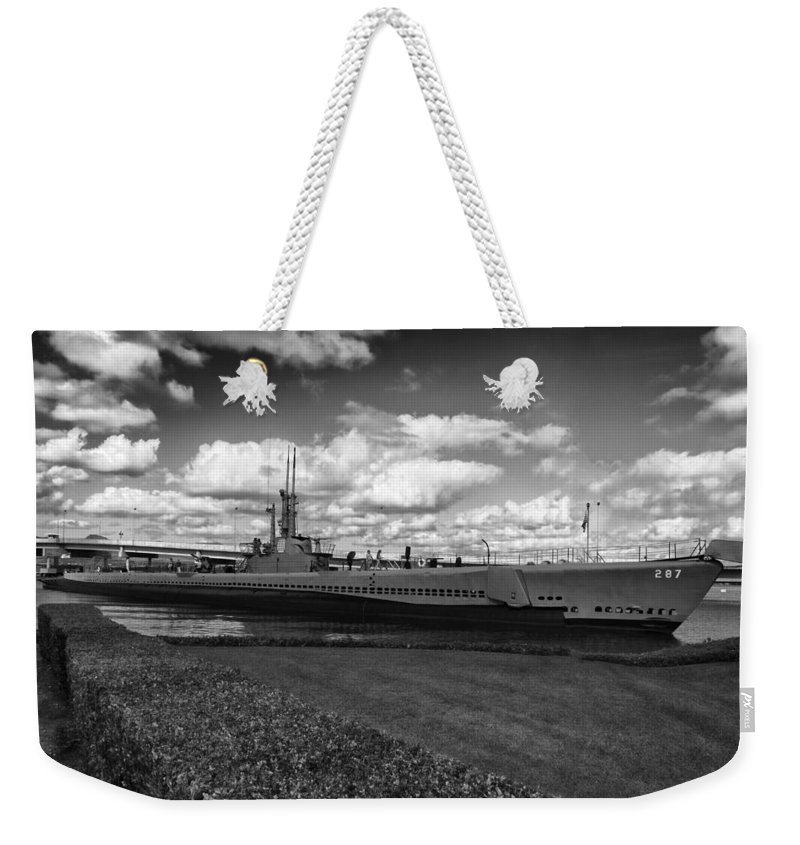 Uss Bowfin Weekender Tote Bag featuring the photograph Uss Bowfin-black And White by Douglas Barnard