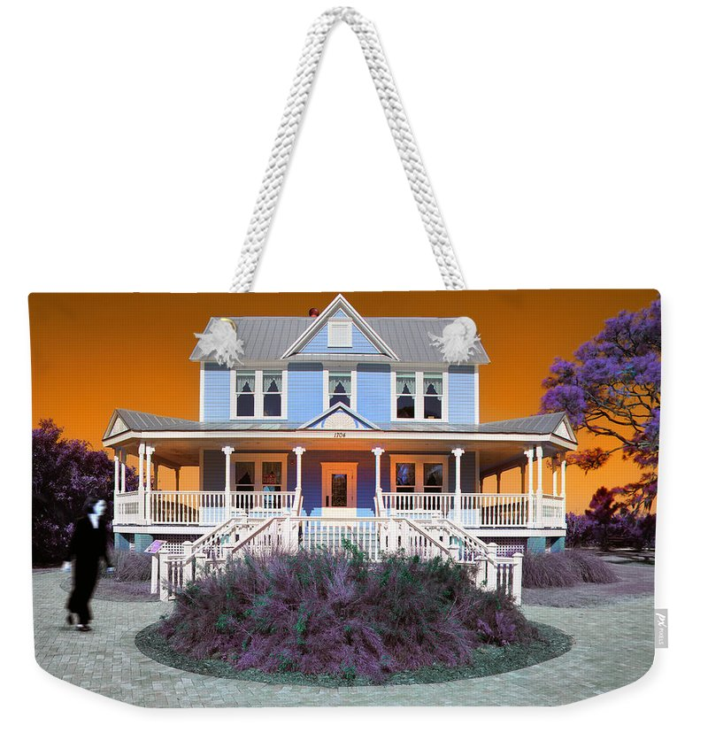 Valentine House Weekender Tote Bag featuring the photograph Valentine House by Mal Bray