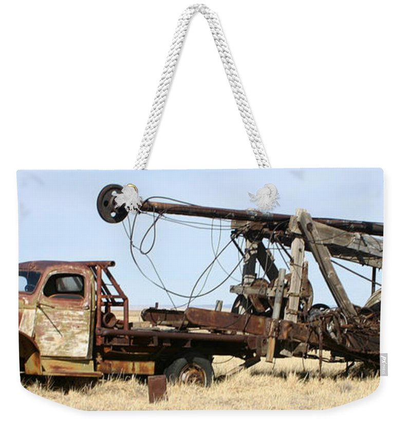 Thank You For Buying A 40.000 X 13.375 Print Of Vintage Water Well Drilling Truck To A Buyer From Ramah Weekender Tote Bag featuring the photograph Vintage Water Well Drilling Truck by Jack Pumphrey