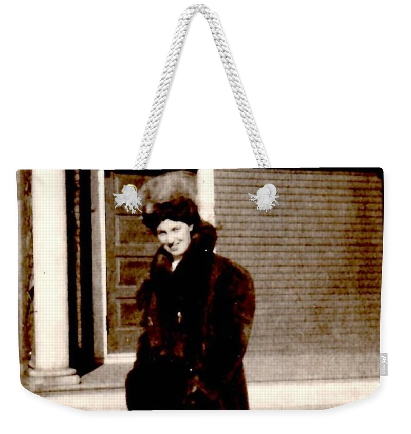 Vintage Weekender Tote Bag featuring the photograph Waiting For My Driver by Image Takers Photography LLC